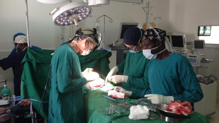 Nick Carter operating at Kijabe AIC Hospital in Kenya