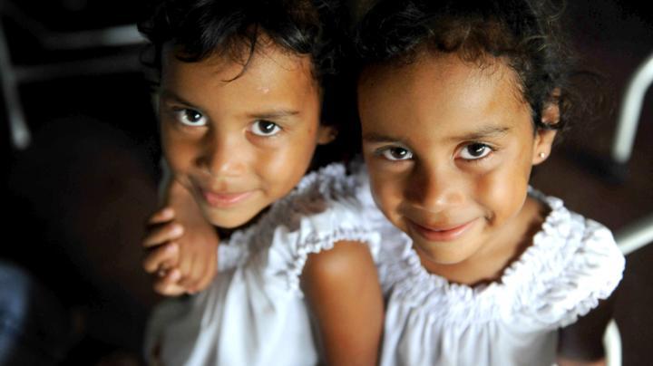 two Nicaraguan girls smiling